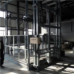 升降货梯怎么使用